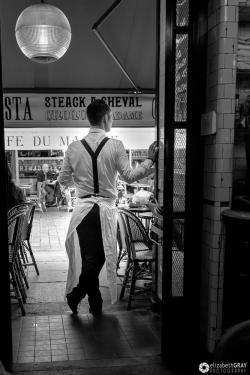 Waiter Waiting
