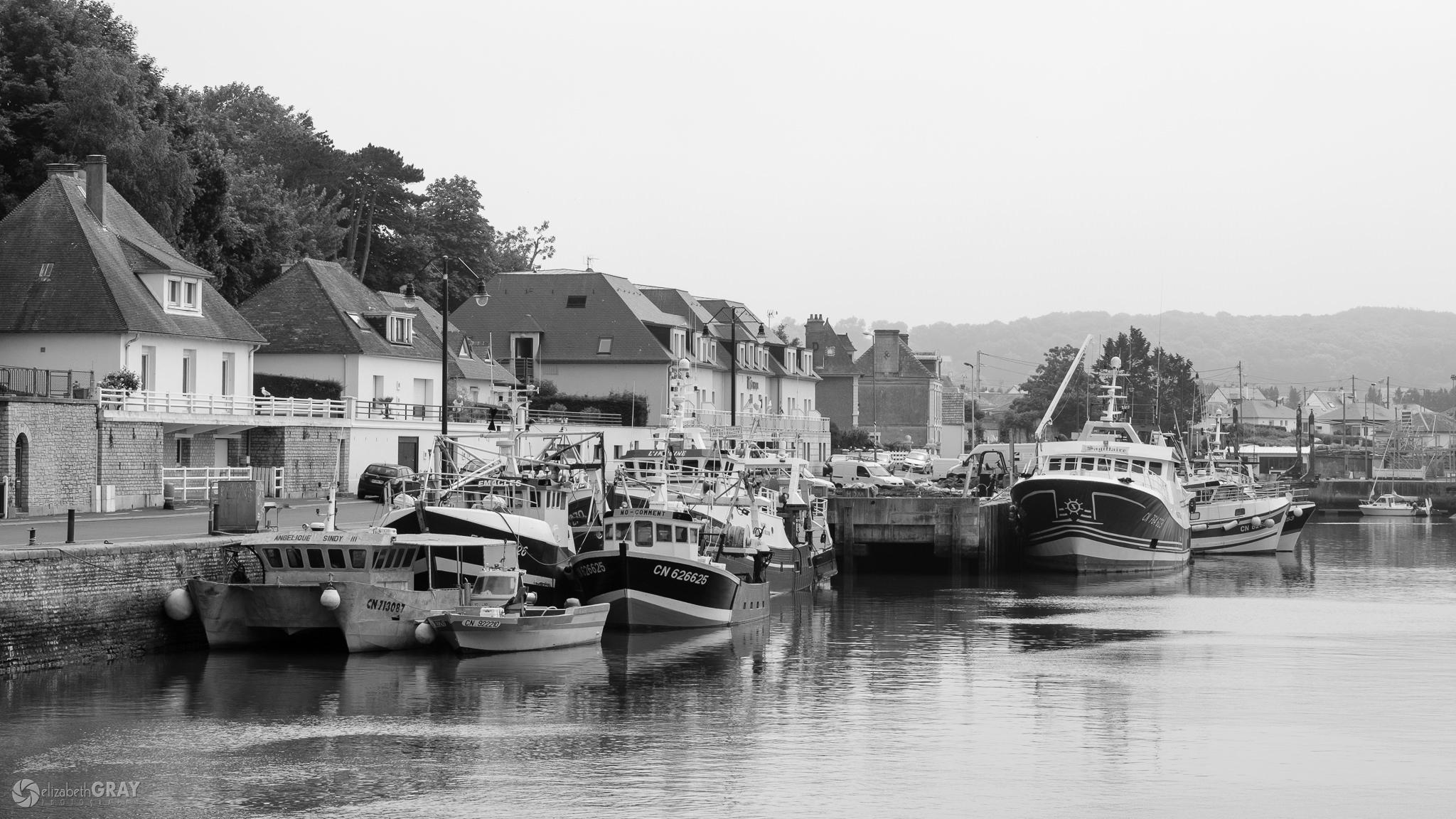 Port en Bessin Boats